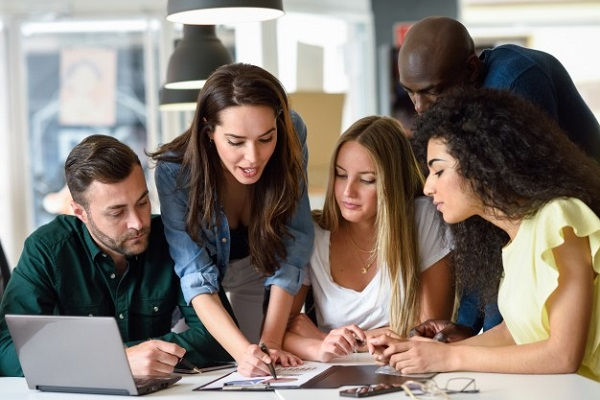 multi-ethnic-group-young-men-women-studying-indian-parents-talks