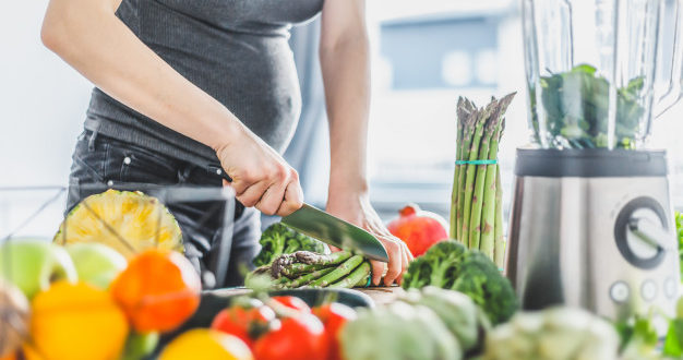 pregnant-woman-cooking-healthy-food-indian-parents-talks