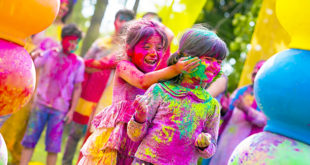 Kids Playing Holi Parents Talks