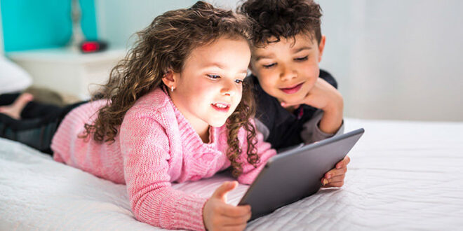 health-tip-how-too-much-screen-time-affects-kids-eyes