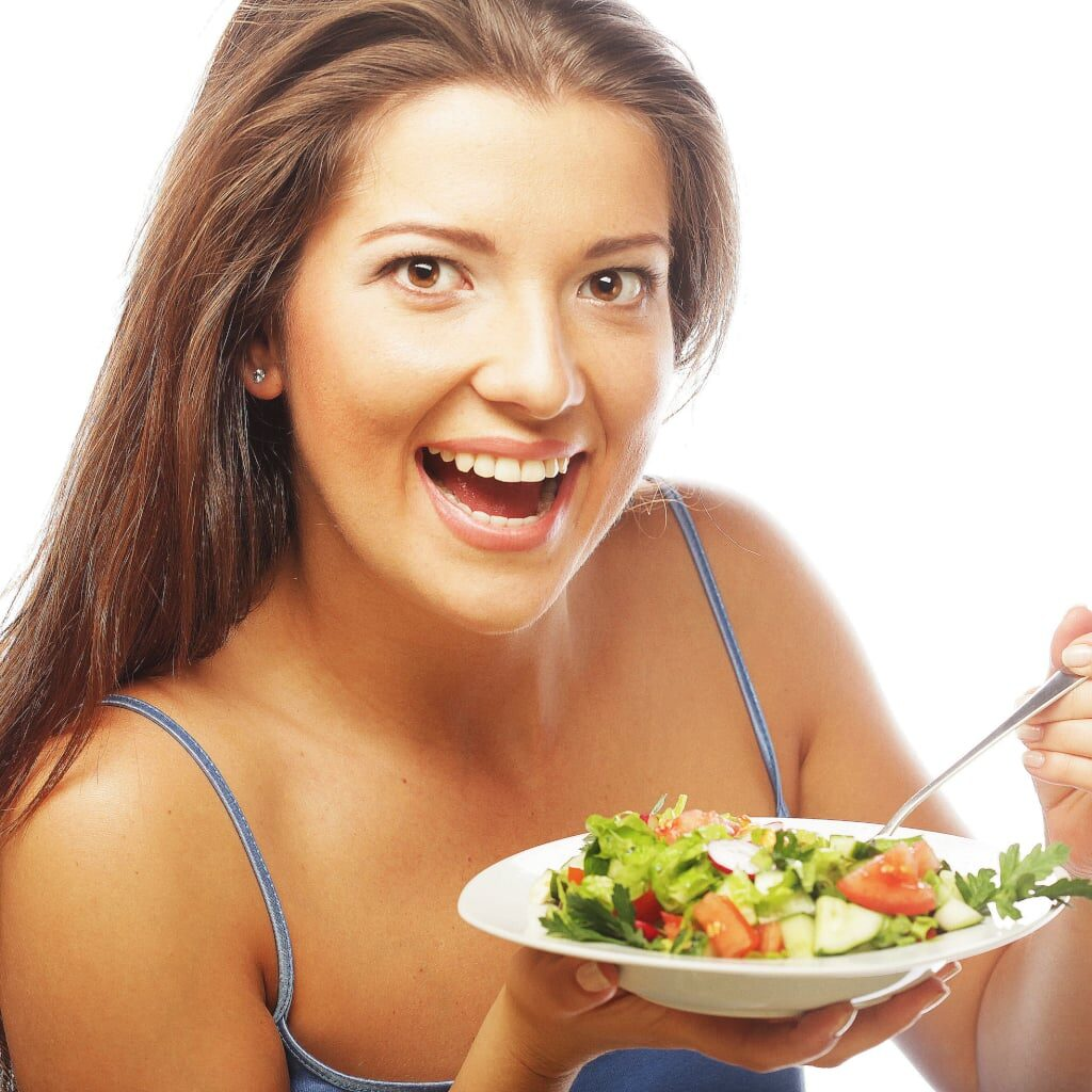 Women-Eating-Salad