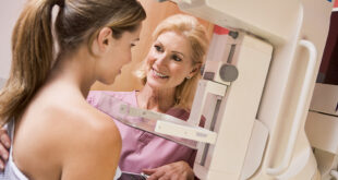 breast-cancer-mammogram-doctor