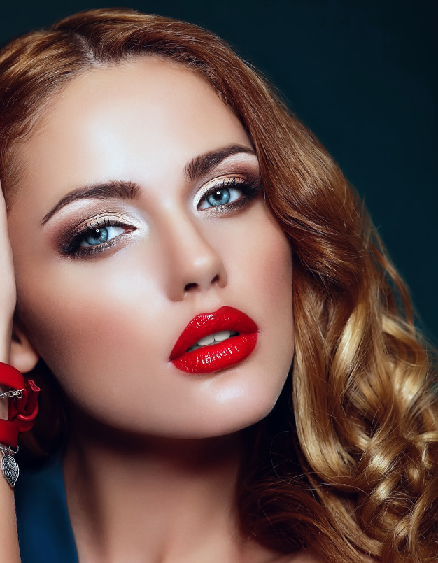 high-fashion-look-glamor-closeup-portrait-beautiful-sexy-stylish-blond-caucasian-young-woman-model-with-bright-makeup-with-red-lips-with-perfect-clean-skin-with-colorful-accessories